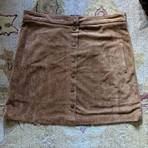 Sans Souci Faux Suede Camel Skirt w/ Pockets NWT